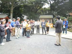 垣生神社では宮司様にご由緒を伺いました。